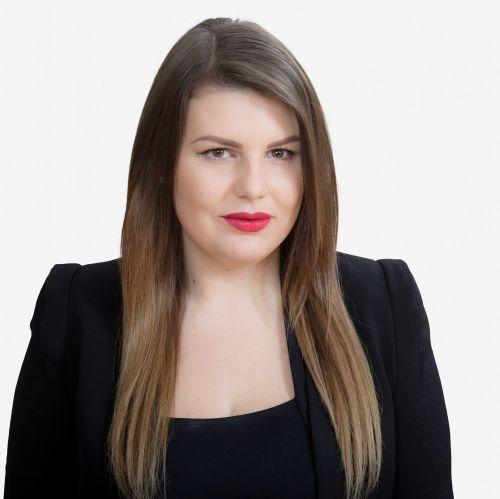 Ela Vojinović